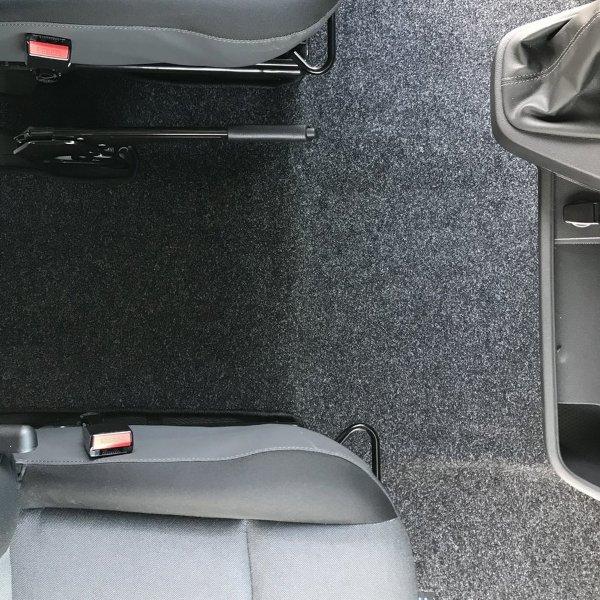 Fahrerhausteppich für Renault Master mit Ahorn-Logo